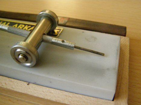 Órajavítás kéziszerszámai és eszközei
